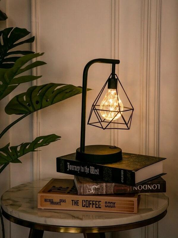 lampe-en-forme-de-diamant