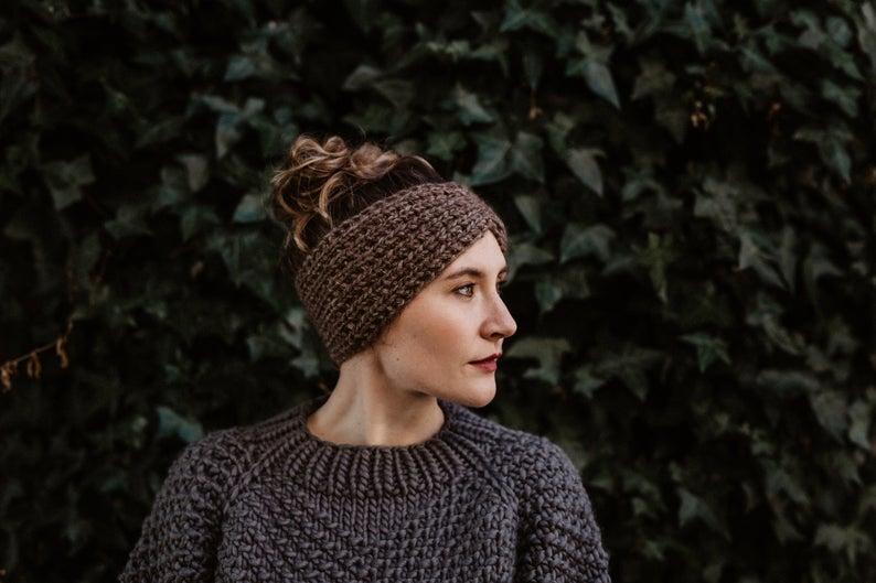 bandeau-tricote-main