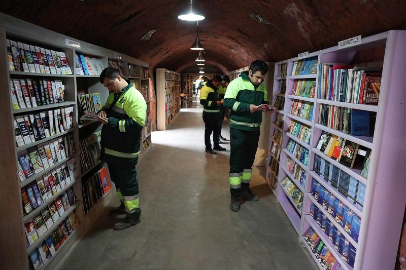 bibliotheque-livres-eboueurs