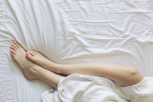 dormir-lit-draps