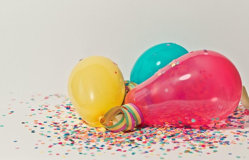ballons-baudruche-confettis