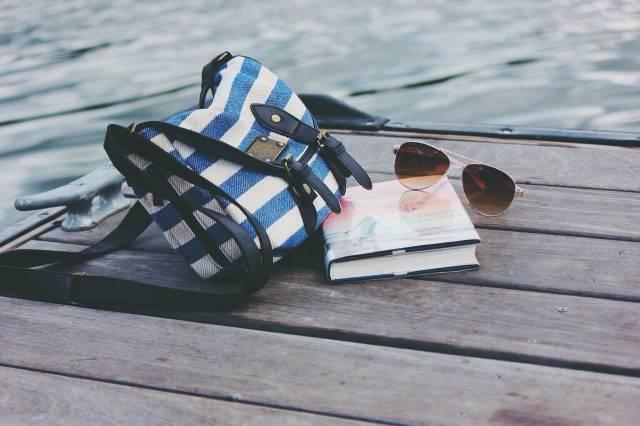 sac-lin-lunettes-livre