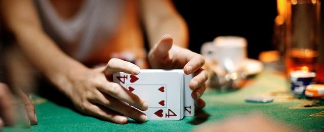 jeux-cartes-femme