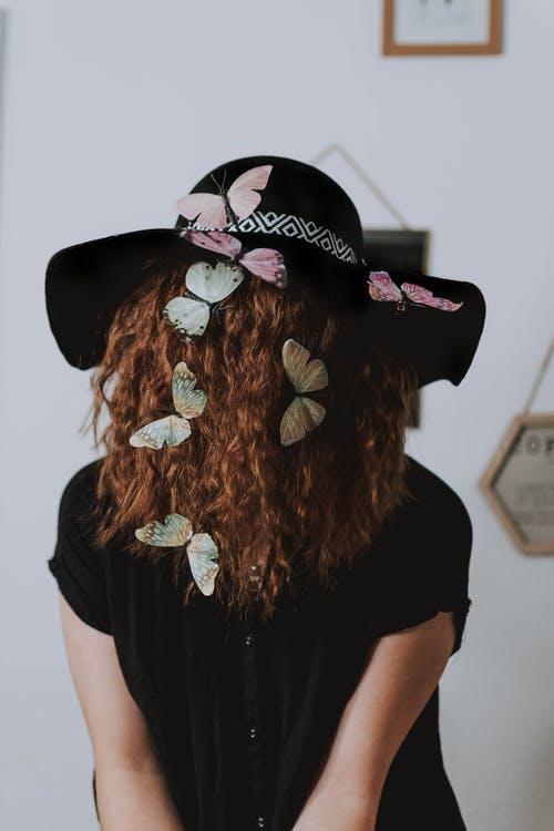 cheveux-papillons