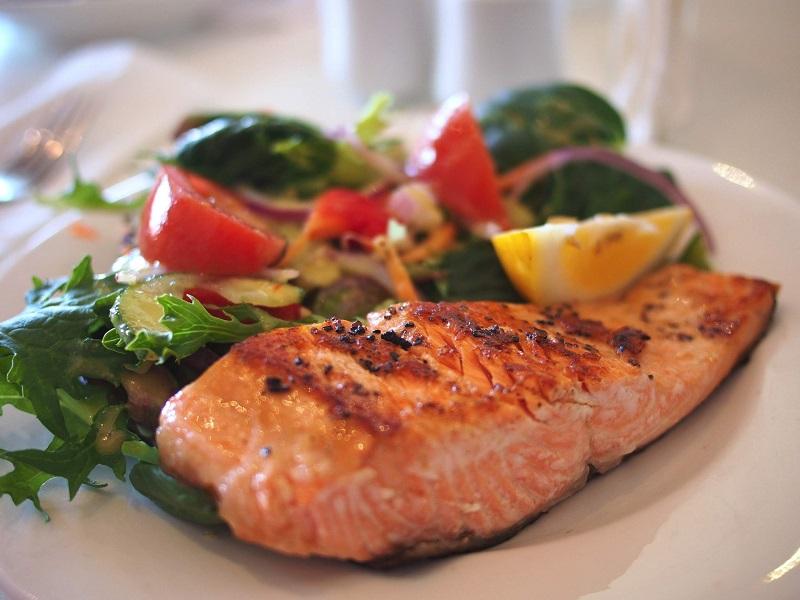 assiette-repas-saumon