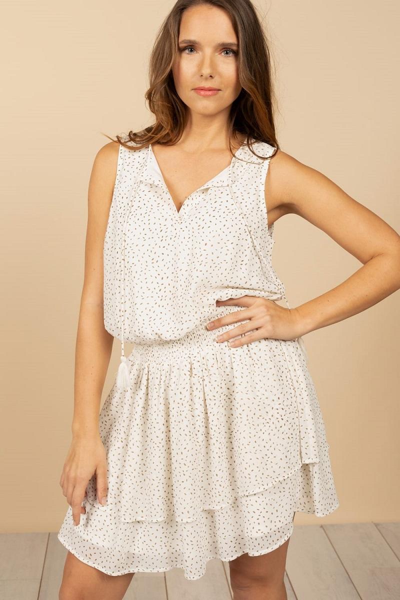 robe-blanche-volants-pompons