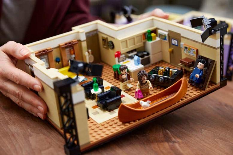 lego-friends-appartement-chandler-joey