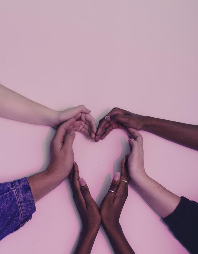 coeur-avec-les-mains