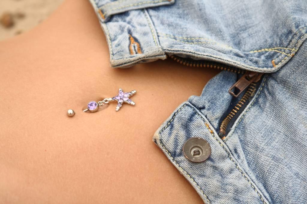 piercing-nombril-femme