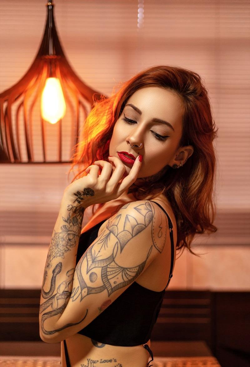 femme-tatouage