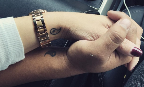 29 Petits Tatouages Assortis Pour Les Couples Qui Veulent Afficher