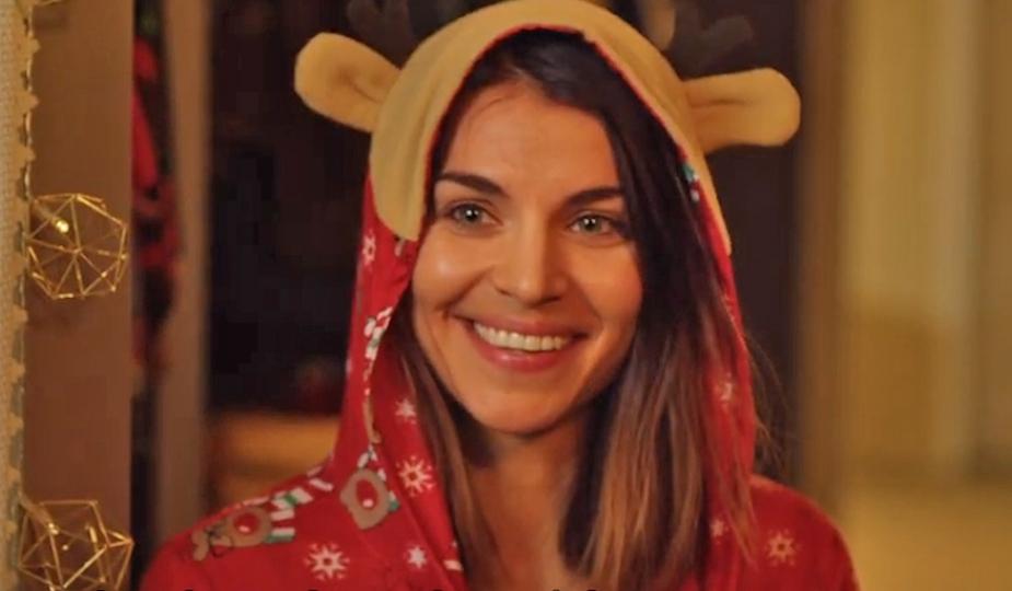 Netflix vient de dévoiler la bande-annonce de sa série Home For Christmas  saison 2 | So Busy Girls