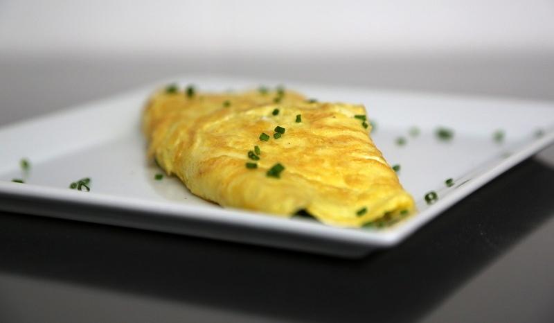 comment faire une omelette la recette facile et inratable so busy girls. Black Bedroom Furniture Sets. Home Design Ideas